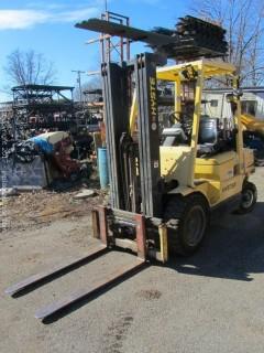 Hyster H50XM Mast 5000 lb Forklift
