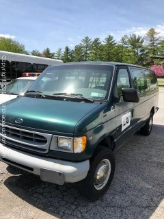 2000 Ford E-350 Passenger Van