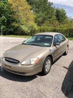 2001 Ford Taurus  ** Great Station Car **