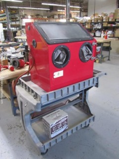 Central Pneumatic Bench Type Blast Cabinet w/Cart